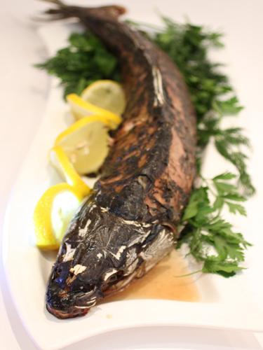 Рыба запеченная целиком Фрель
